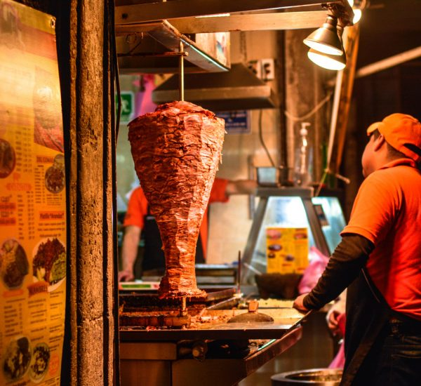 Spinning meat with the shepherd, Taqueria in Mexico
